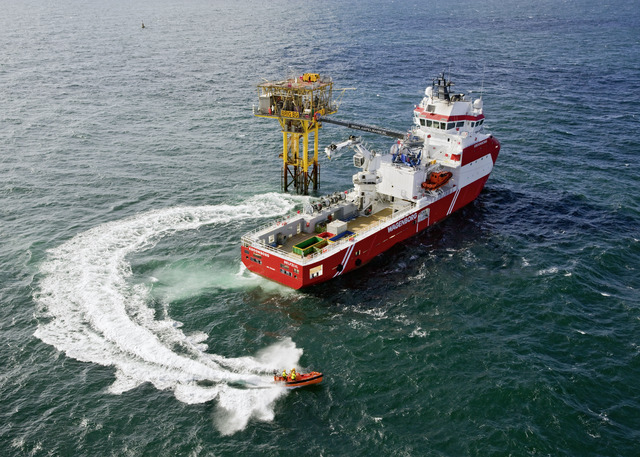 The MSV Kroonborg, operated by Royal Wagenborg, is the world most capable walk-to-work vessel. This maintenance support vessel is equipped with two Voith Schneider Propeller and two Voith Inline Thruster. <BR>